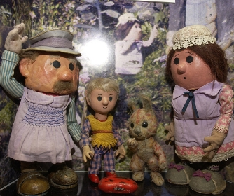 The Pogles - Mr Pogle, Mrs Pogle, Pippin and his playmate, a rabbit-type creature called Tog