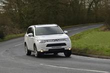 Mitsubishi unveils new seven-seat Outlander