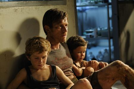The Impossible (l-r) Samuel Joslin, Ewan McGregor and Oaklee Pendergast. Picture: PA Photo/E One