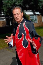 Leslie Grantham will play the Demon King in Mother Goose at Sevenoaks' Stag Theatre