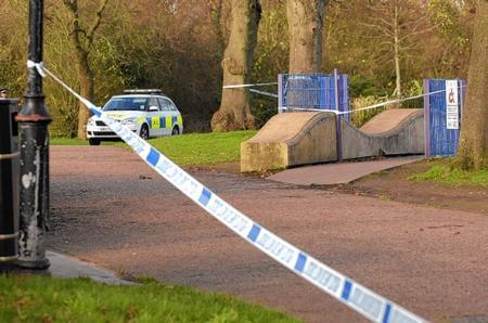 Victoria Park, Ashford, stabbing, robbery