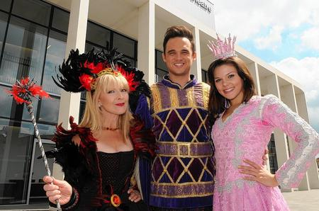 Gareth Gates with fellow panto stars Faye Brookes and Toyah Willcox