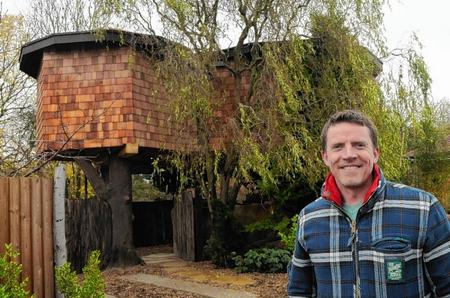New treehouse built in Blean by Chris Walley.