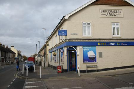 Luton Road, Chatham