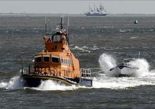 The Sheerness Lifeboat tows the Shannon Rose