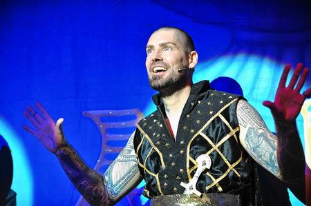 Shane Lynch stars in Aladdin at Sevenoaks' Stag Theatre
