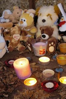 Baby gravesend vigil