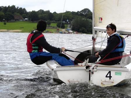 Chris Price tries to learn to sail at Bewl Water