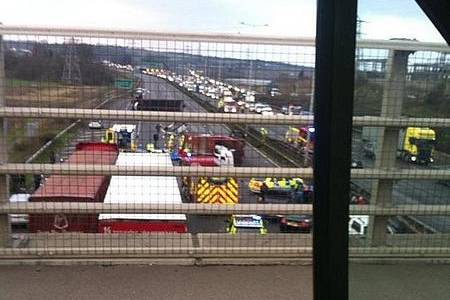 A2 closed after lorry overturns near Gravesend.