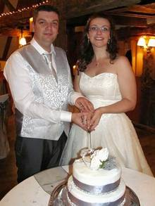 James and Laura Cordell on their wedding day. Feared food poisoning from Weight Watchers desert.