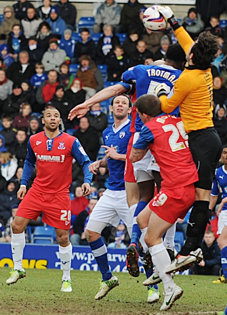 Gillingham ask questions of Spireites keeper Tommy Lee as they seek a record-breaking 11th away win of the season