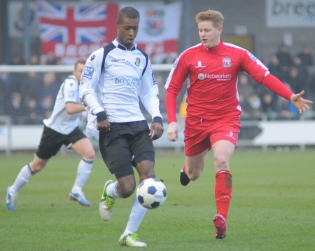 Nathan Collier gets the ball as Dartford stretch the Bromley defence