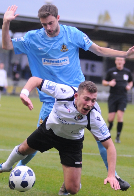 Dartford take a tumble as they are held to a 2-2 draw by lowly Southport in Blue Square Bet Premier