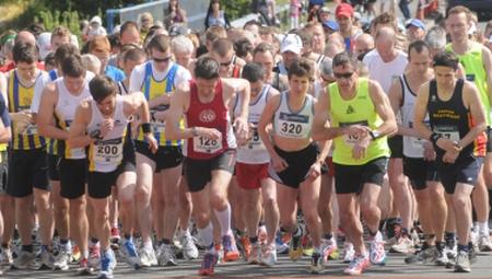 The start of the 2013 Deal Half-Marathon