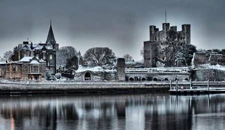 Frozen Rochester Cathedral and Castle. Picture by Snapaway78