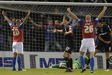 But Gills broke through in injury time thanks to a Deon Burton volley