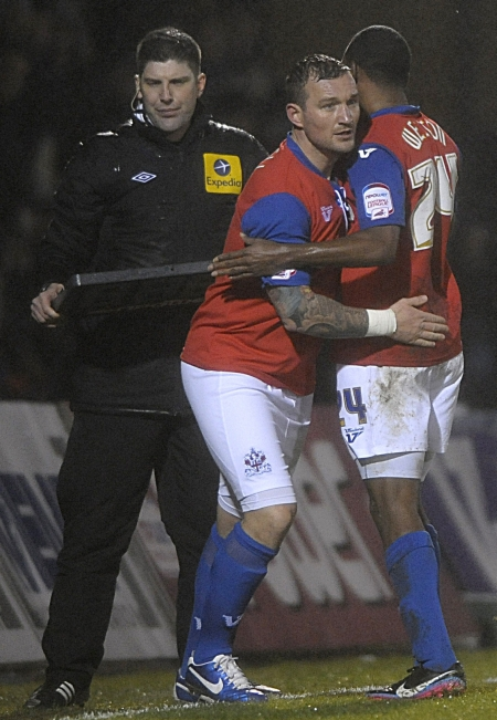Weston makes way for Danny Kedwell as Gills see the game out