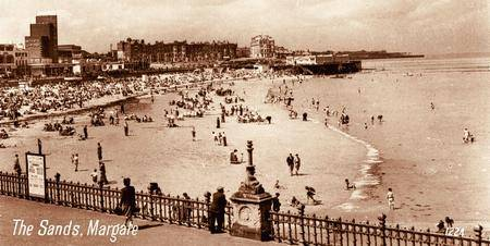 Margate's main beach. The raised platform is the Sun Deck, opened in July 1926