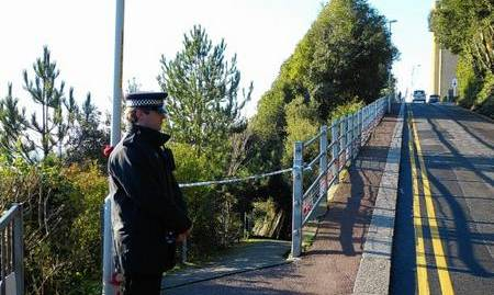 Police close Road of Rememberance in Folkestone