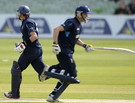Sam Northeast and Adam Ball running between the wickets