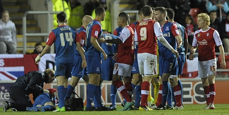 Romain Vincelot injured at Rotherham